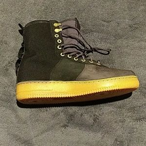 Nike Airforce1 boots